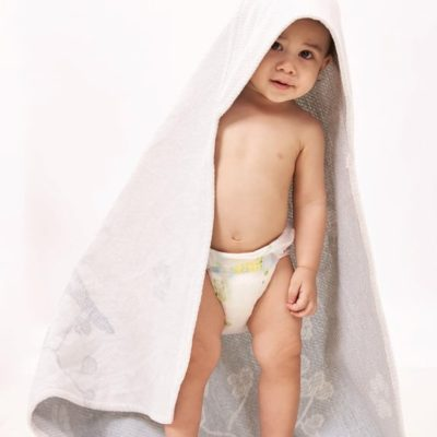 breganwood organics bath and beach hooded towel in grey