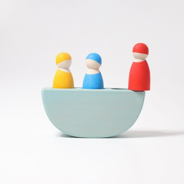 Wooden boat and peg dolls